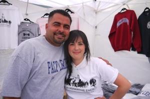Med Luciano Aguilar, en annan välkänd hundtränare.